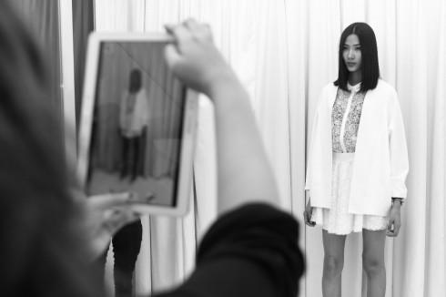 Người mẫu Hoàng Thùy sẽ trình diễn trang phục của Rue Des Chat