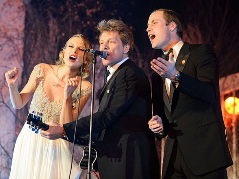 Taylor Swift cùng hoàng tử William và Bon Jovi cùng đứng chung sân khấu