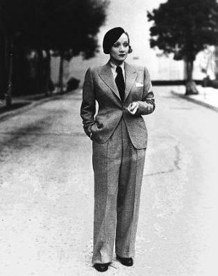Nữ minh tinh Marlene Dietrich là một biểu tượng cho phong cách Phi giới tính (Androgyny)