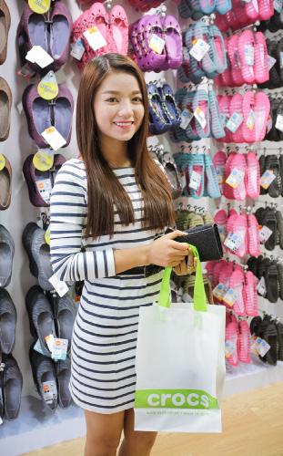Thương hiệu giày Crocs có mặt tại Việt Nam