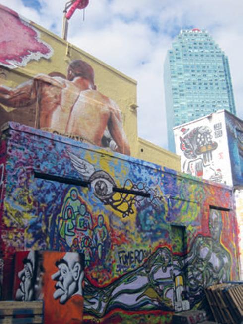 Five Pointz - khu graffiti dành cho các nghệ sĩ đường phố khiến tôi ngây ngất và kinh ngạc