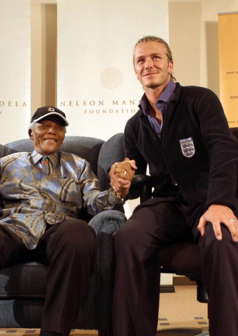21/05/2003: David Beckham đến tham dự sự kiện của Quỹ Nelson Mandela tại Johannesburg.