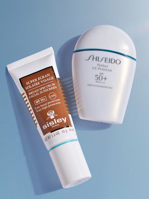 INNOVATIVE STAR<br/>Perfect UV Protector  SPF 50+ PA+++ - SHISEIDO Kem chống nắng dạng sữa hiệu quả cao không trôi trong nước giúp mang lại sự bảo vệ chắc chắn chống lại tia tử ngoại trong khi vẫn cung cấp những hiệu quả dưỡng da tiên tiến. giúp hạn chế hoạt động của enzyme và những yếu tố gây hại cho các tế bào cũng như DNA chống oxi hoá tốt. (805.000 VNĐ) <br> <br> Kem chống nắng phổ rộng Broad Spectrum Facial Sunscreen SPF 50+ UVA – SISLEY