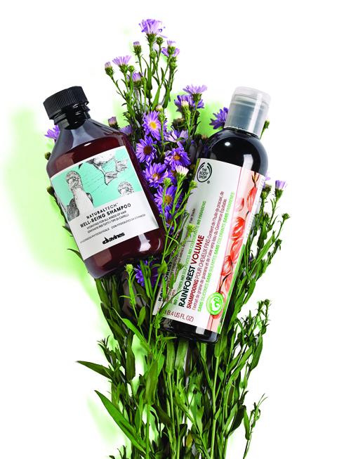 Dòng Innovative<br/>Dầu gội dưỡng ẩm Well-Being – DAVINES Công thức chứa Phytoceutical có chiết xuất từ hoa cúc dại, rất giàu các polyphenols và dẫn xuất đường với tác dụng chống oxy hóa mạnh. Hương liệu có trong sản phẩm bao gồm tinh dầu đinh hương, nục đậu khấu và đàn hương cho tác dụng làm dịu và chống viêm. <br> <br> Dầu gội Rainforest Volume -  THE BODY SHOP Dầu gội dành cho tóc mỏng và yếu chứa chiết  xuất từ hạt guarana, pracaxi oil và nha đam. Không chứa silicon và sulphate và parabens.