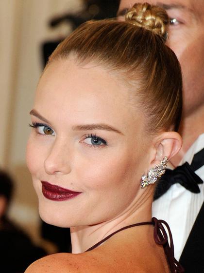 8. Son môi đỏ mận<br/>Ảnh: Diễn viên - người mẫu Kate Bosworth