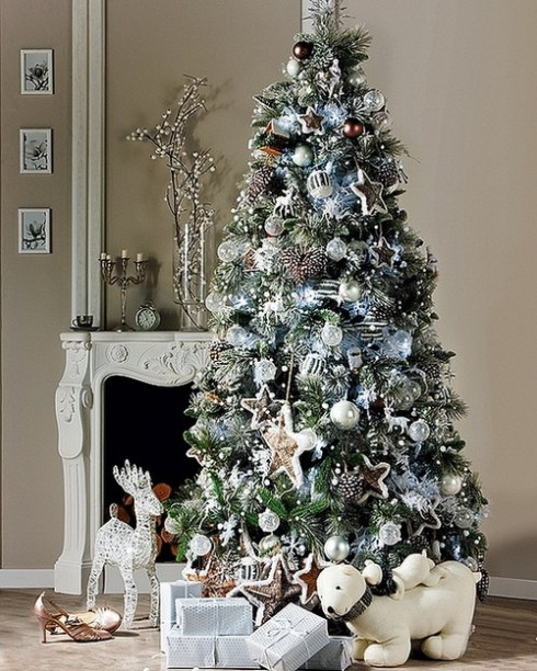 exciting-silver-and-white-christmas-tree-decorations-15