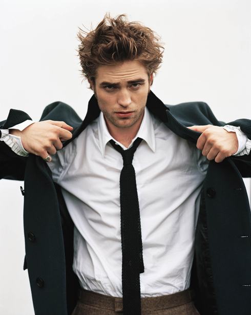 Rob-HQ-robert-pattinson-28293559-1920-2400