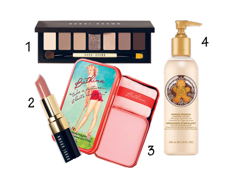 1.Kẻ mắt nâu chocolate Bobi Brown 2.Son Bobi Brown 3.Bathina Body Balm của Benefit 4.Body Lotion Ginger Sparkle của The Body Shop