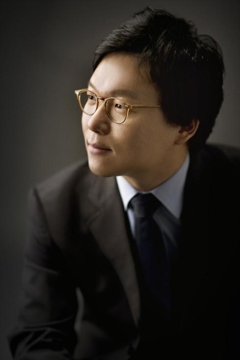 Nhạc trưởng Park Ji Young