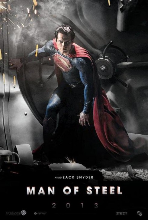 6. Man of Steel<br/>Nếu như năm 2006, Superman Returns không gây được ấn tượng và khiến cho hình tượng siêu nhân kinh điển bị mu mờ trước nhiều siêu anh hùng khác thì đến 2013, hãng Warner Bros đã đưa mọi thứ về đúng vị trí của nó, với Man of Steel. <br/><br/> Đây là bộ phim được xây dựng với ý tưởng khởi động lại toàn bộ loạt phim Superman, kể lại từ đầu cuộc đời của các nhân vật chính theo một không gian giả tưởng vốn đã quen thuộc với khán giả. Sự trở lại sau 8 năm vắng bóng, Man of Steel đã thu về 621 triệu USD sau khi bỏ ra kinh phí đầu tư là 225 triệu USD. Cũng với sự thể hiện tốt của mình, Man of Steel đã thu về 2 giải thưởng, 2 đề cử trong NewNowNext Award và Golden Trailer Awards.