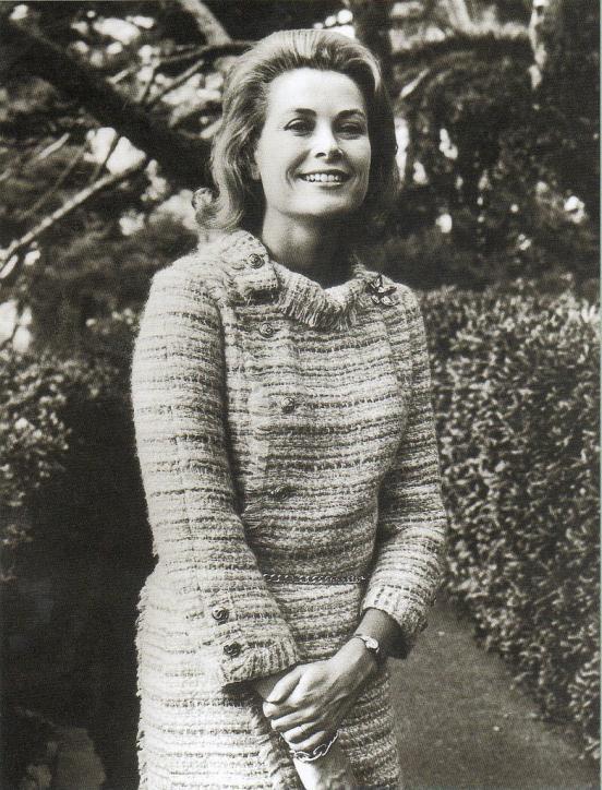 Ellewiki: Vải tweed - Từ trang phục lao động đến đẳng cấp thượng lưu