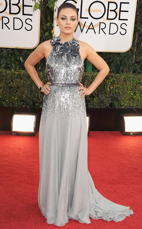 Mila Kunis và trang phục Gucci.