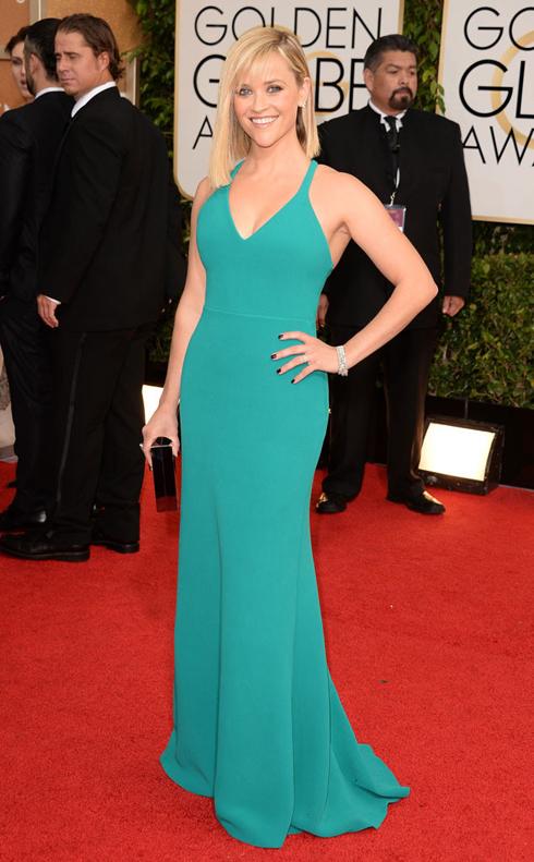 Người đẹp tóc vàng Reese Witherspoon trong trang phục Calvin Klein.