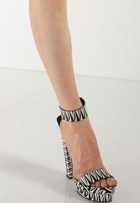 Giày Diane von Furstenberg