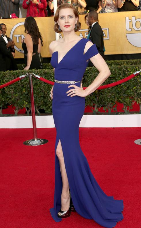 Amy Adams và đầm dạ hội màu xanh của Antonio Berardi.