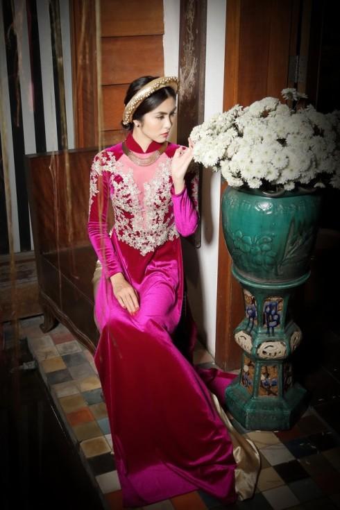 Tăng Thanh Hà trong một thiết kế của nhà thiết kế Võ Việt Chung (2014)