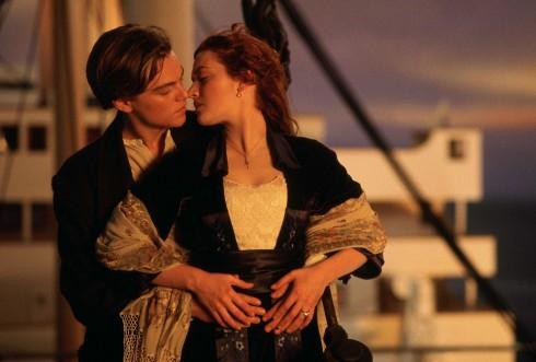 Nụ hôn mũi tàu