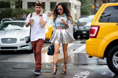 Wes Mason và Amiee Song trên đường phố