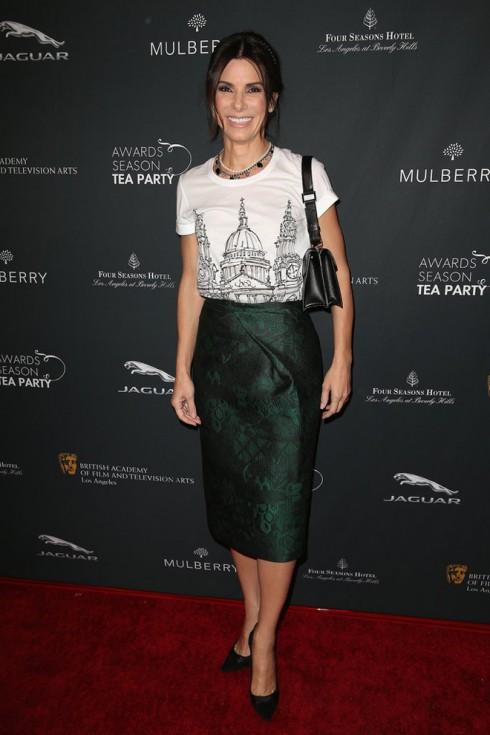 Sandra Bullock tham dự buổi tiệc trà của Lễ trao giải BAFTA.