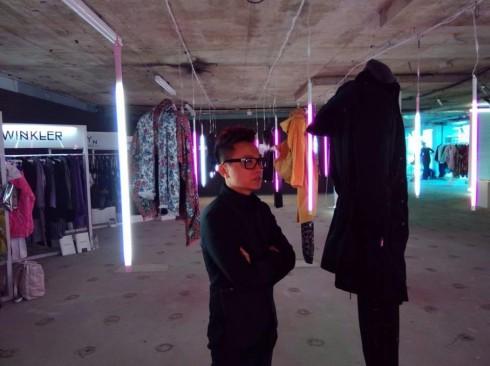 ellevn- ntk cong tri tai london fashion week 2014_04