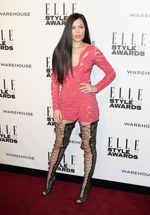 Ca sĩ người Anh Jessie J trong trang phục Tom Ford.