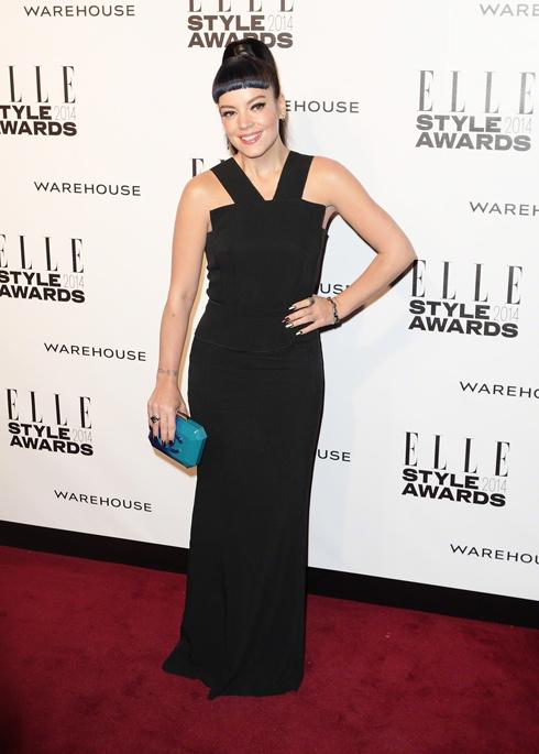 Lily Allen thắng giải Nữ nghệ sĩ phòng thu của năm.