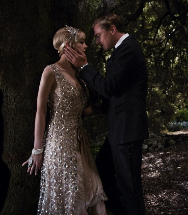 the great gatsby techniques used by Film review – the great gatsby (2013) daisy buchanan this must be done not just to transpose literary storytelling techniques into visual storytelling.