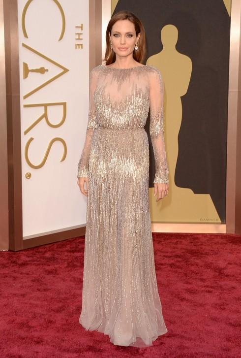 Angelina Jolie chọn chiếc đầm của Elie Saab Couture