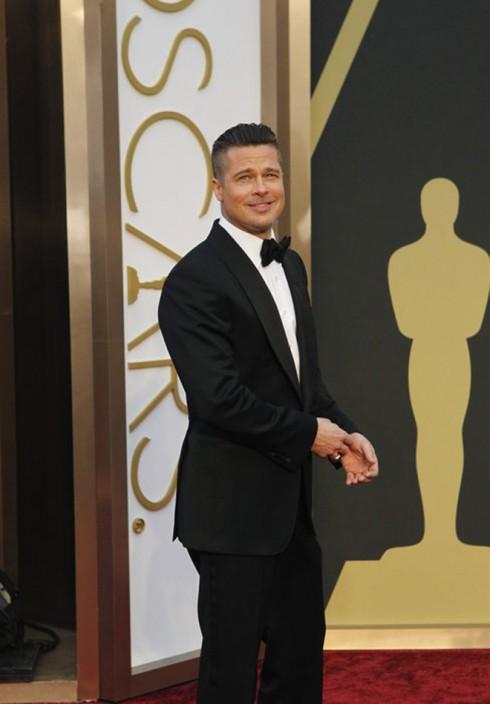Nam diễn viên Brad Pitt trong bộ vest cổ điển của Tom Ford.