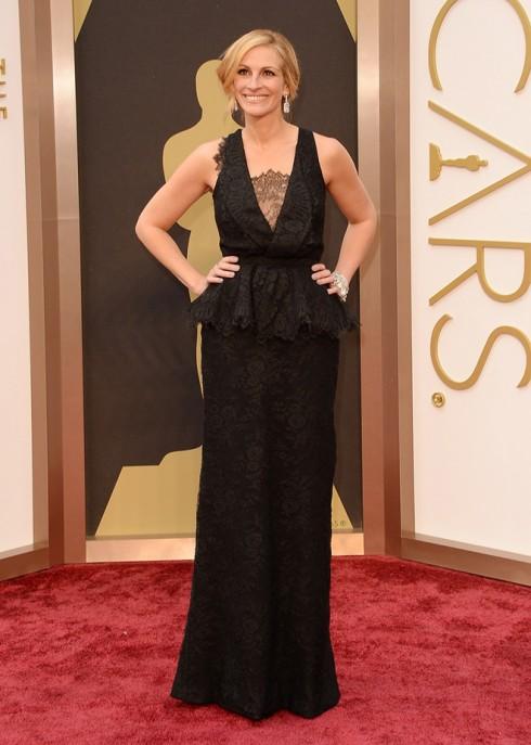 Julia Roberts mặc đầm dạ hội Givenchy