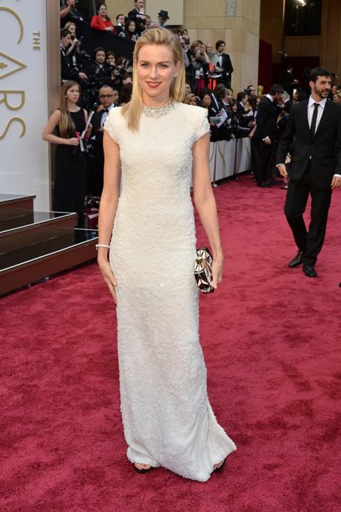 Naomi Watts chọn đầm dạ hội của Calvin Klein Collection