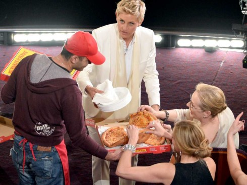 heres-a-list-of-actors-who-actually-ate-ellen-degeneres-oscar-pizza