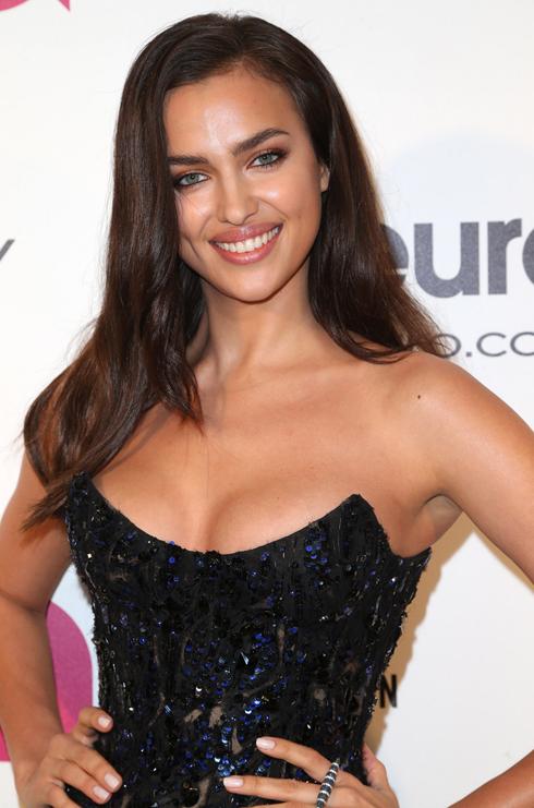 Siêu mẫu Irina Shayk - bạn gái của cầu thủ Cristiano Ronaldo