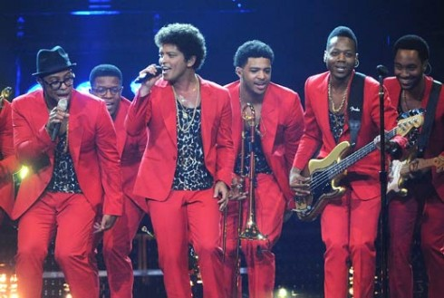 bruno-mars-jackson-5-moonshine-jungle-tour