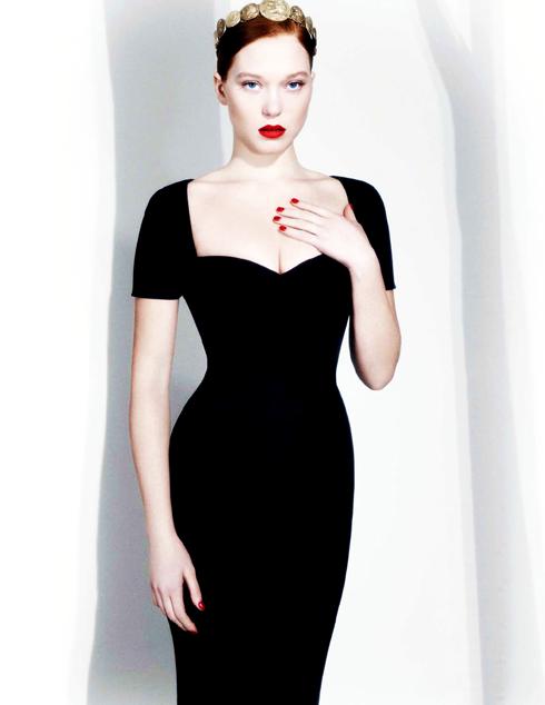 Và cô mang phong cách hoàn toàn khác khi trở lại trên tạp chí L'Express năm 2014