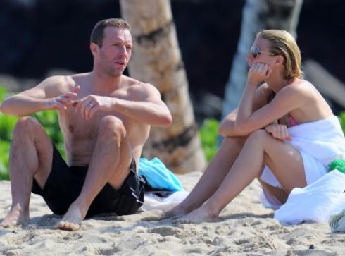 Vợ chồng Gwyneth Paltrow và Chris Martin cùng nhau đi nghỉ cuối tháng 12/2013