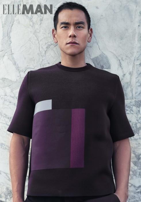 Áo sweater cổ tròn, tay lỡ, chất liệu cotton, lụa và nylon, Quần shorts chất liệu len màu xanh Dior Homme