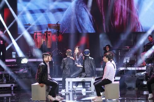 ST.319 biểu diễn cùng ca sĩ của nhóm MIN trong chương trình Bài hát yêu thích (2/2014)