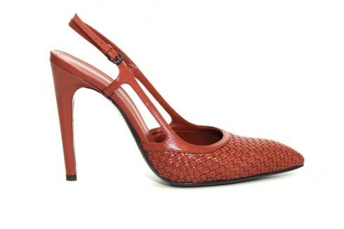 Giày của Bottega Veneta.
