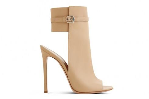Giày của Gianvito Rossi