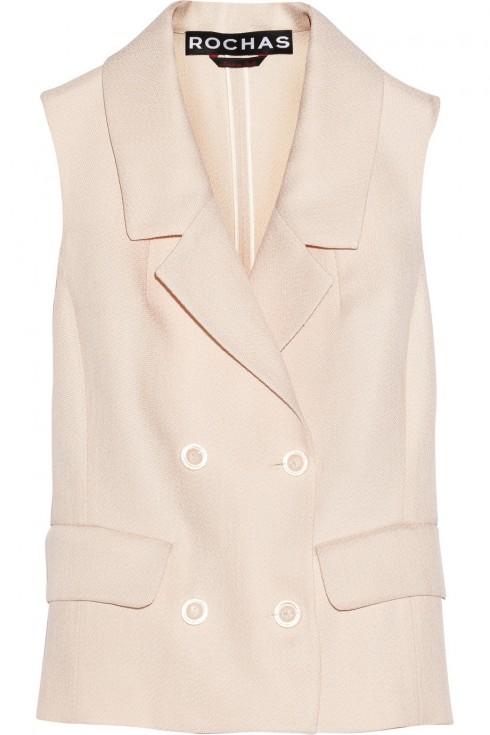 4. Rochas <br/>Nếu yêu thích phong cách năng động, bạn có thể lựa chọn chiếc áo Rochas.