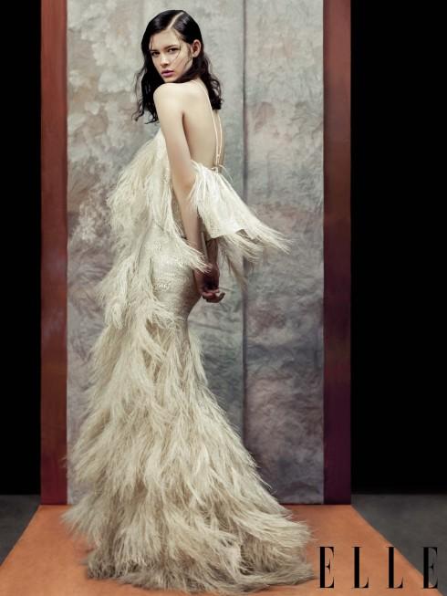 Christian Siriano<br/>Đầm dạ tiệc lộng lẫy là điểm nhấn tuyệt vời nhất trong BST của Siriano. Chúng được coi là những thiết kế tinh xảo nhất mà NTK đã từng thực hiện trong các BST may sẵn.
