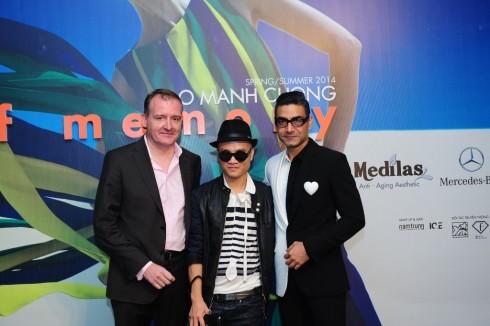 CEO Mercedes-Benz Việt Nam Michael Behrens và NTK Đỗ Mạnh Cường