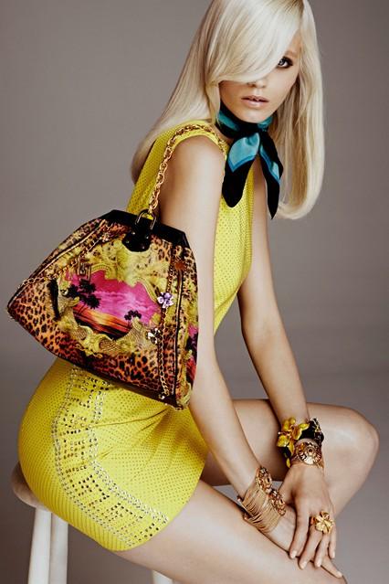 Bộ sưu tập H&M 2011 với Versace