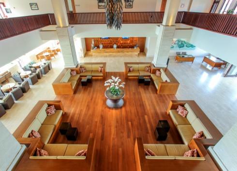 Pullman Danang - Lobby