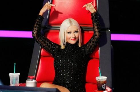 Christina chia tay The Voice mua 7 vì lý do thai kì,