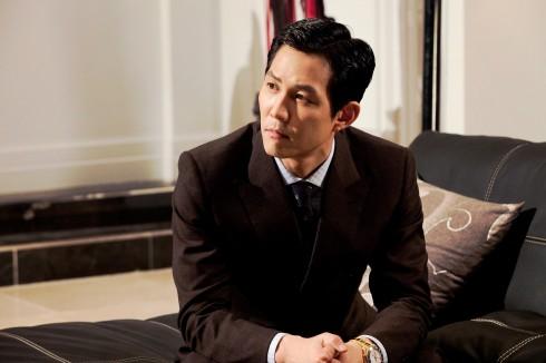 7. Lee Jung Jae (39.08 triệu khán giả). Tài tử điển trai, quyến rũ Lee Jung Jae góp mặt trong danh sách này ở vị trí thứ 7 và