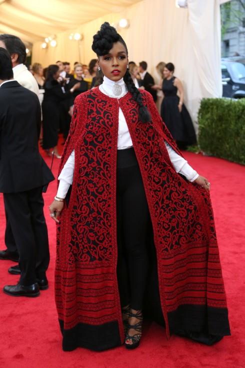 Janelle Monae trong trang phục Tadashi Shoji.