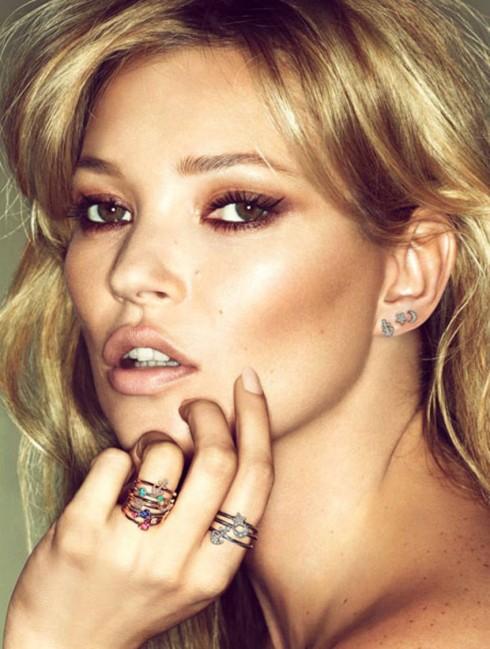 Kate Moss và phong cách mắt khói điển hình