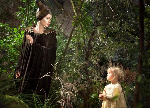Bé Vivienne Jolie-Pitt vào vai công chúa Aurora lúc nhỏ